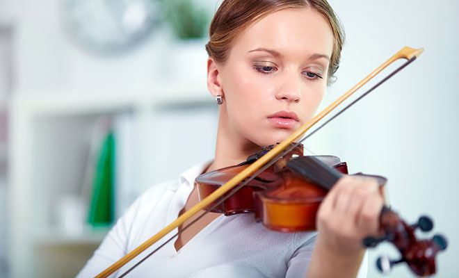 girl-playing-violin