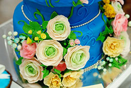 beutiful decorated cake