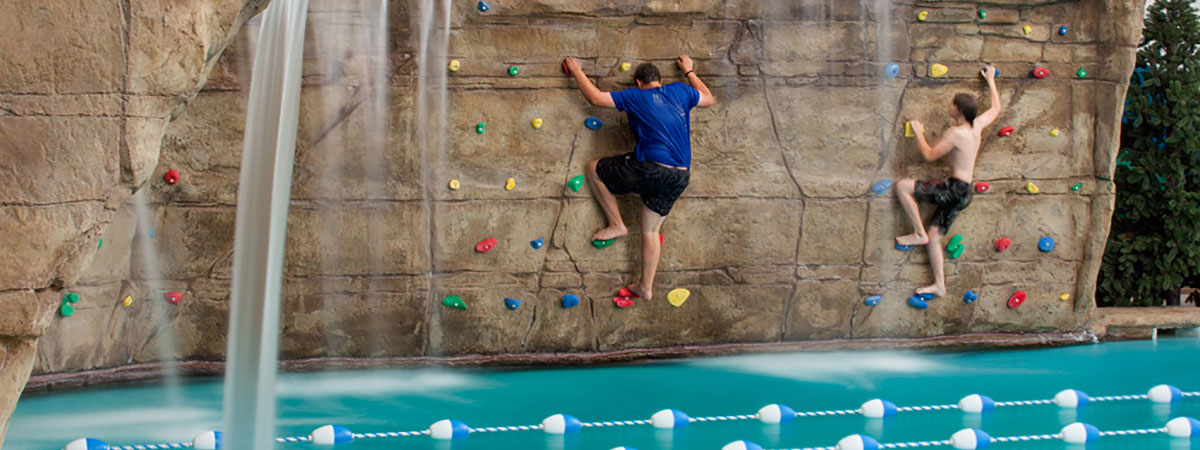 aquatic-climbing-wall